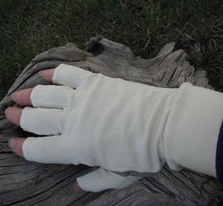 Sun gloves dan 39 s fly shop lake city colorado for Fishing sun gloves